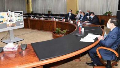 صورة وزير البترول يشيد بخطة ترشيد النفقات و يوجه بتحسين إنتاجية الزيت الخام