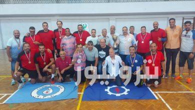 فريق النصر للبترول يحصد ذهبية كرة اليد 35 سنة