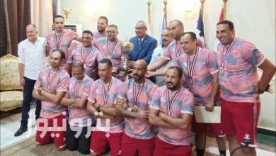"""المهندس """"محمد عبد الله حسن"""" رئيس شركة النصر للبترول يُكرم فريق كرة اليد"""
