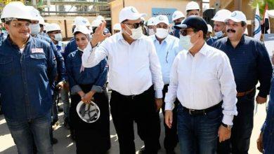 """"""" وزير البترول """" يتفقد مشروعات التكرير بالإسكندرية"""