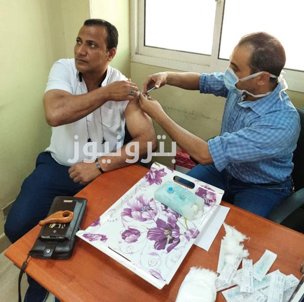تطعيم العاملين بمنطقة شبين الكوم